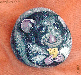Hand painted rock ( stone) Rat with cheese